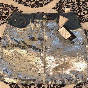 Fun sequence/denim skirt